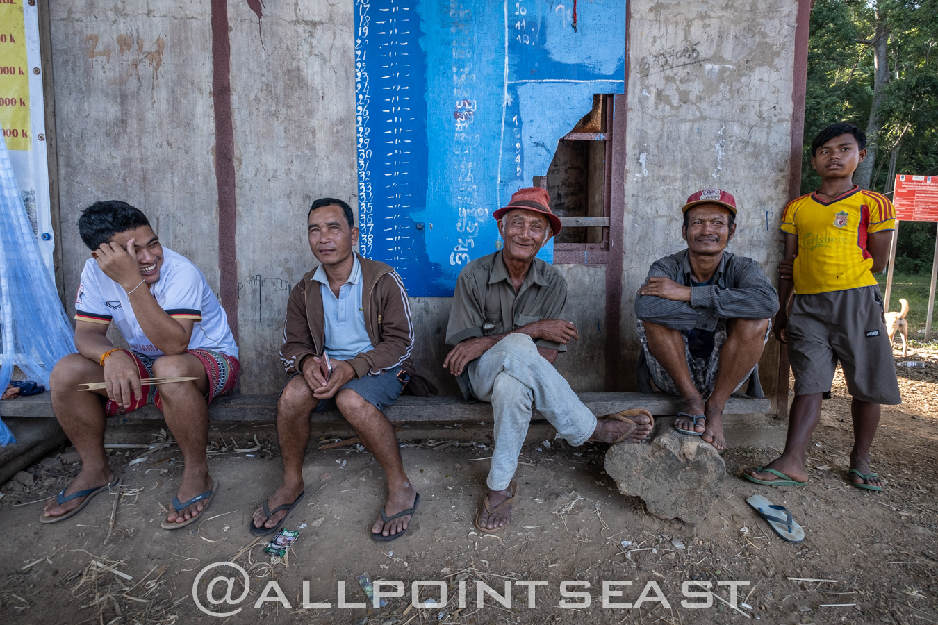 Laos photography tour. Hanging out in Don Khone, 4,000 islands,by Jeff Pergiois