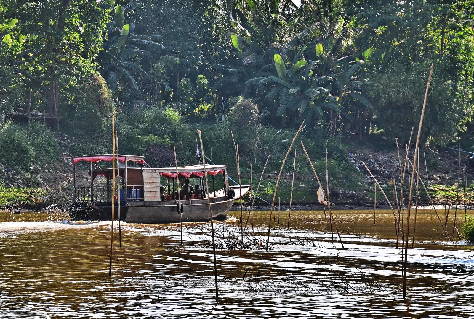 Cambodia Boat Trip – Siem Reap to Battambang