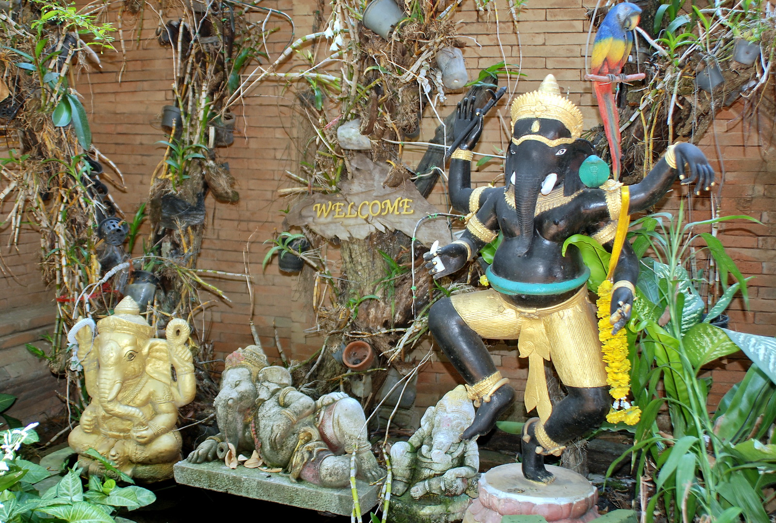 Ganesh with parrot, Wat Lok Malee, Chiang Mai