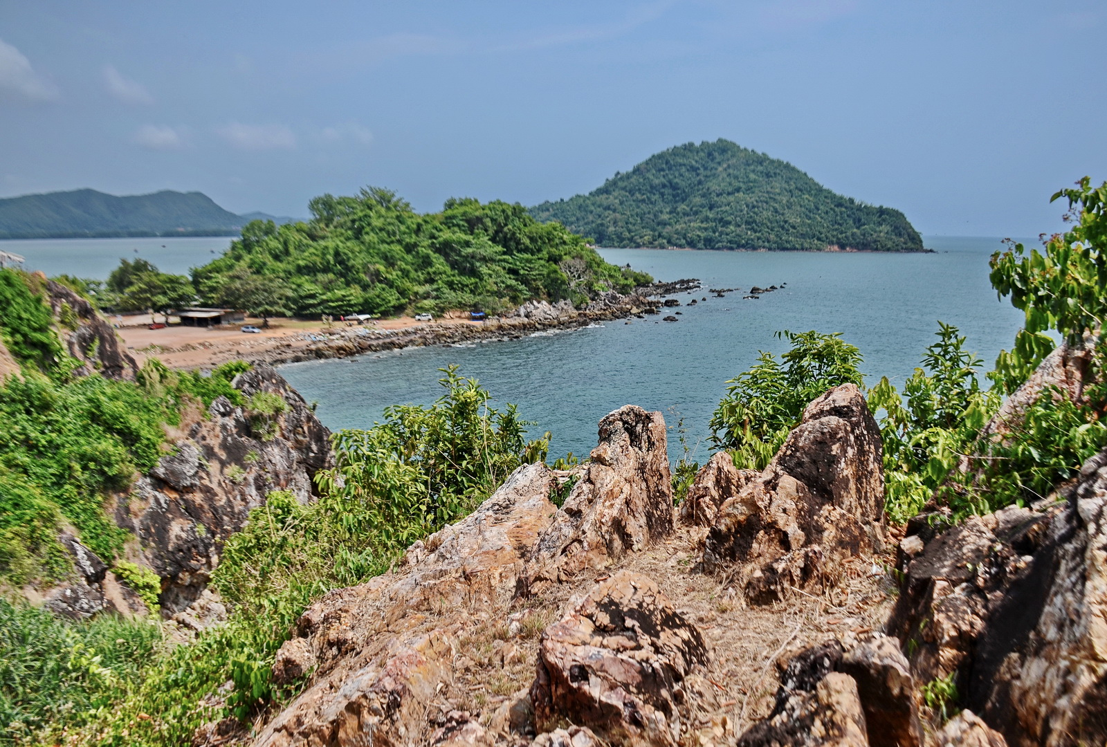 Coastline between Chao Lao and Khung Wiman